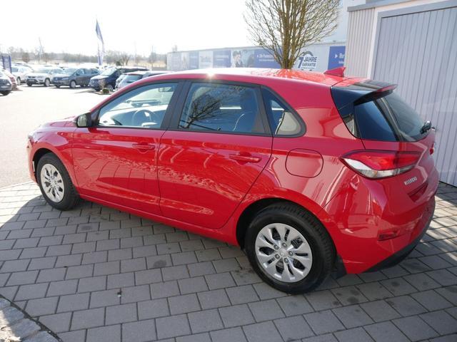 Hyundai i30 - 1.5 Hatchback PURE * FRESH SITZ-& LENKRADHEIZUNG KLIMA START-STOPP