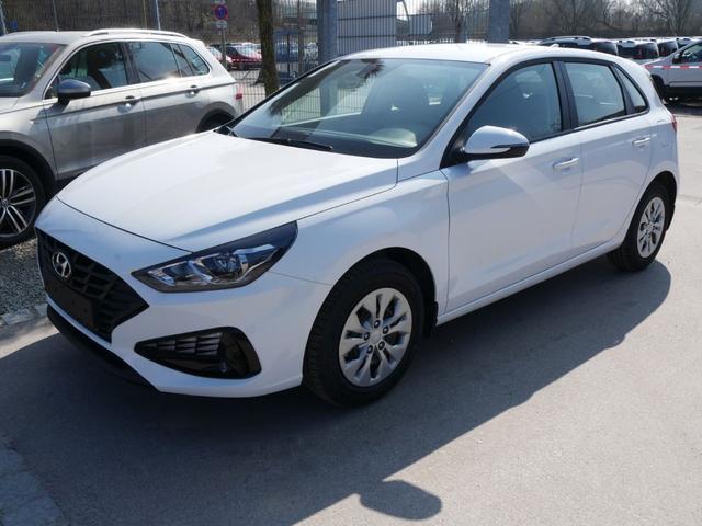Lagerfahrzeug Hyundai i30 - 1.5 Hatchback PURE   FRESH SITZ-& LENKRADHEIZUNG KLIMA START-STOPP