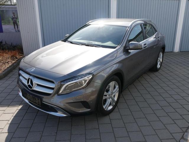 Gebrauchtfahrzeug Mercedes-Benz GLA - 200 URBAN   7G-DCT BUSINESS-PAKET NAVI XENON PARK-ASSIST RÜCKFAHRKAMERA