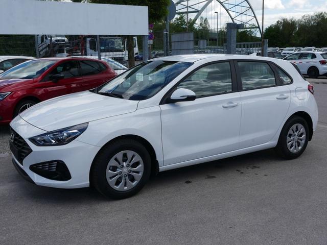 Hyundai i30 - 1.0 T-GDi DCT PURE * FRESH PLUS PACK PARKTRONIC SITZ-& LENKRADHEIZUNG TEMPOMAT