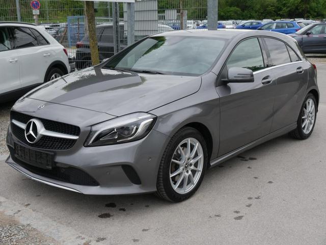 Gebrauchtfahrzeug Mercedes-Benz A-Klasse - A 180 URBAN   BE NAVI PARK-ASSISTENT SITZHEIZUNG TEILLEDER RÜCKFAHRKAMERA