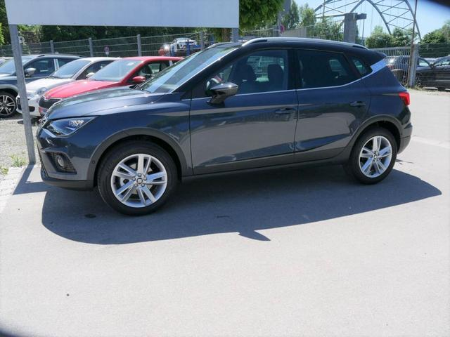 Lagerfahrzeug Seat Arona - 1.0 EcoTSI FR   ACC FAHRASSISTENZ-PAKET VOLL-LED NAVI PARK ASSIST DACH SCHWARZ