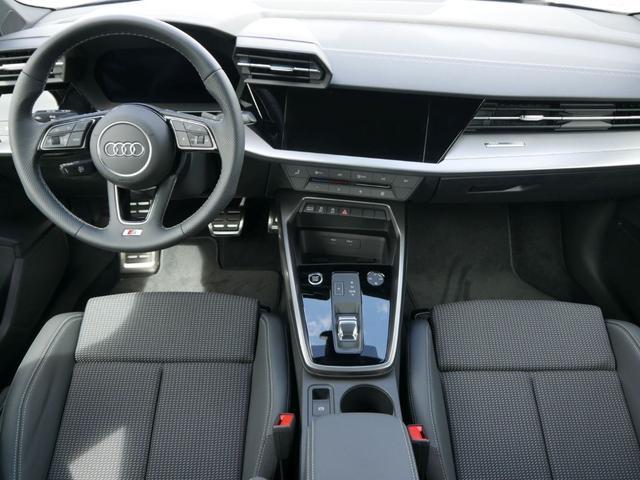 Audi A3 35 TFSI CoD S TRONIC * S-LINE BUSINESS-PAKET LED NAVI 18 ZOLL PARKTRONIC