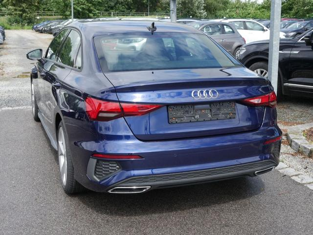 Audi A3 - 35 TFSI CoD S TRONIC * S-LINE BUSINESS-PAKET LED NAVI 18 ZOLL PARKTRONIC