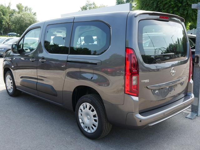 Opel Combo - 1.5 D DPF LIFE EDITION XL * LR PARKTRONIC KAMERA LENKRADHEIZUNG 7-SITZER