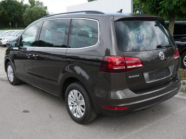 Volkswagen Sharan - 2.0 TDI DPF DSG COMFORTLINE * WINTERPAKET NAVI PARKTRONIC 7-SITZER SHZG