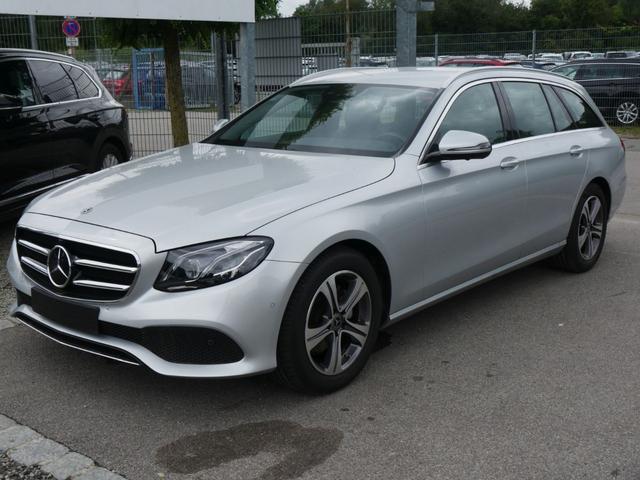 Mercedes-Benz E-Klasse - E 220 d T 9G-TRONIC AVANTGARDE * BUSINESS-& FAHRASSISTENZ-PAKET MULTIBEAM LED WIDESCREEN COCKPIT