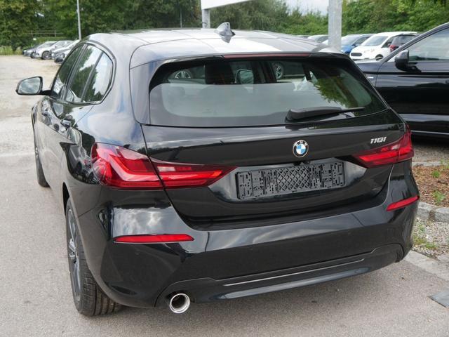 BMW 1er - 118i STEPTRONIC SPORT LINE * LEDER DAKOTA NAVI LED PARKING ASSISTANT RÜCKFAHRKAMERA
