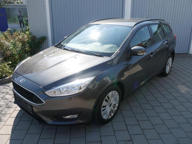 Gebrauchtfahrzeug Ford Focus Turnier - 1.0 EcoBoost BUSINESS-EDITION   AHK NAVI PARKTRONIC NEBELSCHEINWERFER