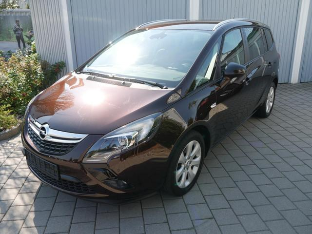 Gebrauchtfahrzeug Opel Zafira Tourer - 1.4 TURBO STYLE   KOMFORT-& DESIGN-PAKET PARKTRONIC SITZHEIZUNG LENKRADHEIZUNG