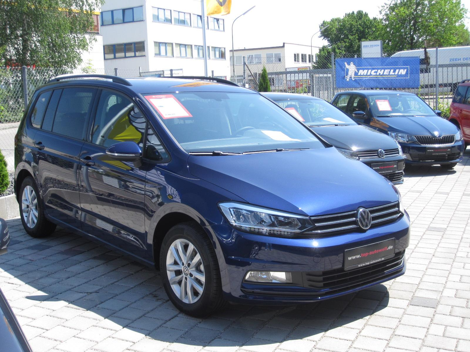 volkswagen touran comfortline edition 1 5 tsi klimaautomatik pdc vorne hinten r ckfahrkamera. Black Bedroom Furniture Sets. Home Design Ideas