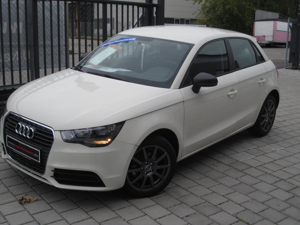 audi a1 sportback sport edition 1 4 tfsi 125 ps klima sitzhzg chorus radio cd 16 alu. Black Bedroom Furniture Sets. Home Design Ideas