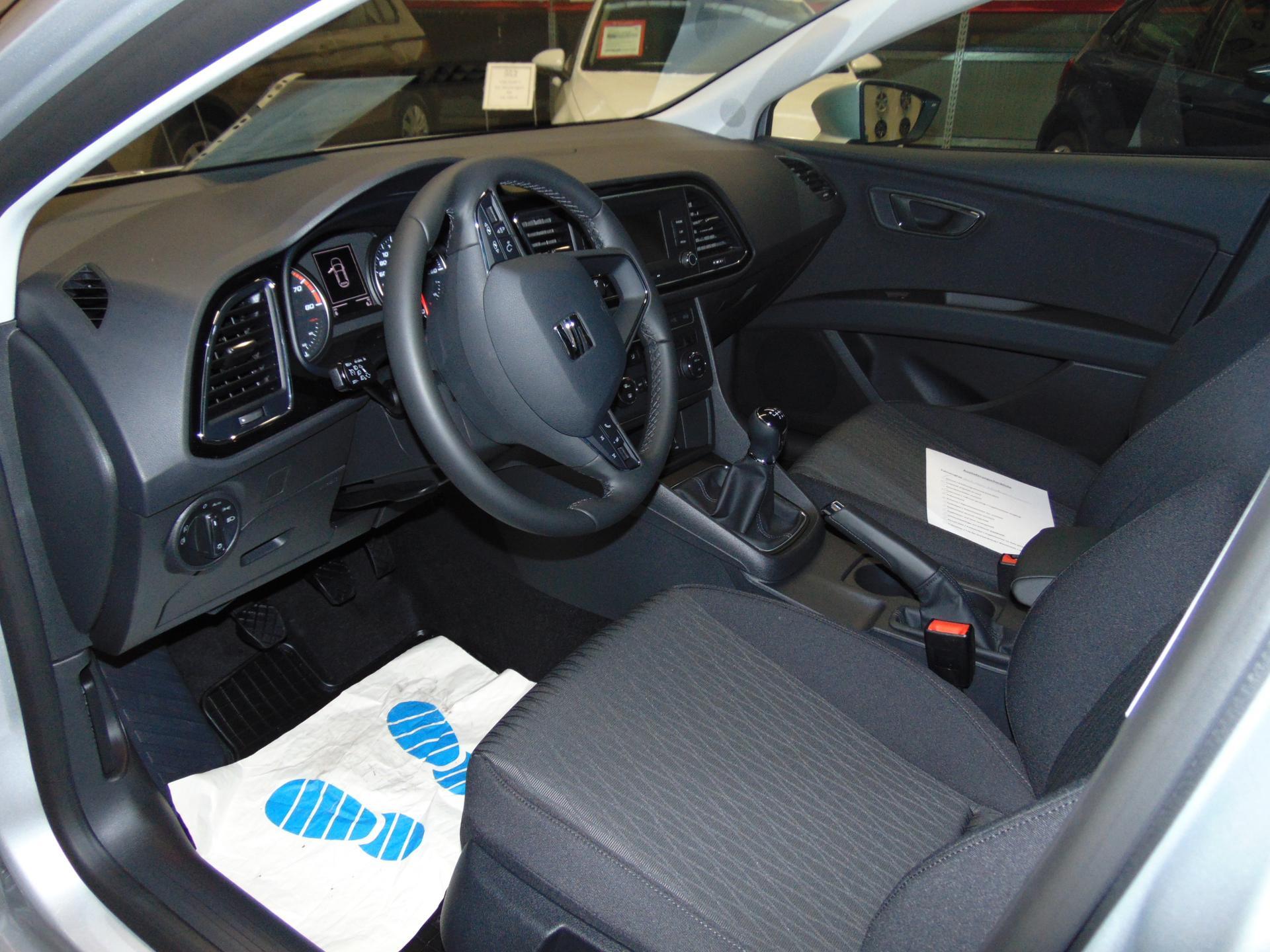 seat leon style 1 4 tsi 150 ps klimaautom mfl bluetooth. Black Bedroom Furniture Sets. Home Design Ideas