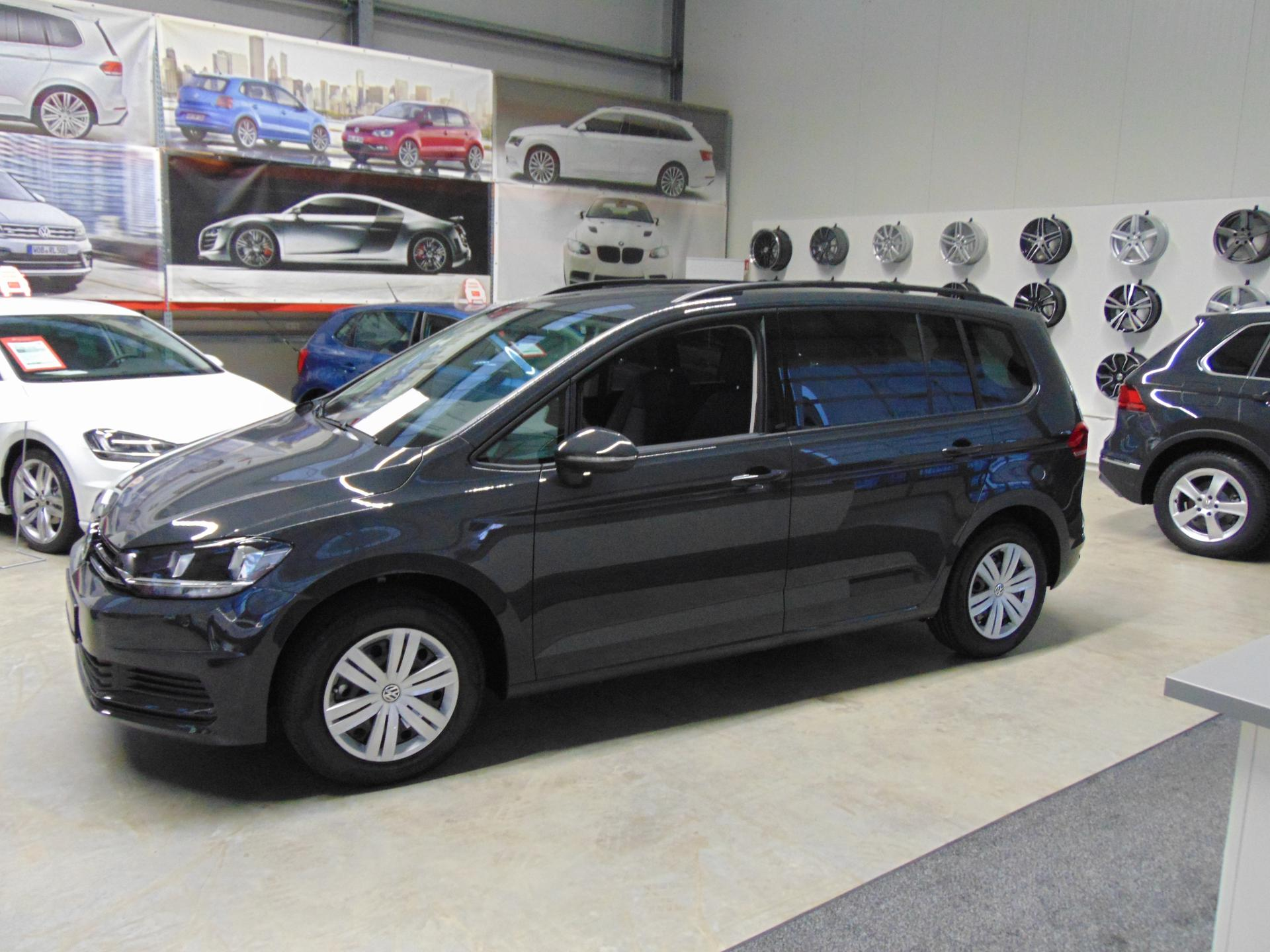 volkswagen touran trendline edition euro6d temp 1 5 tsi. Black Bedroom Furniture Sets. Home Design Ideas