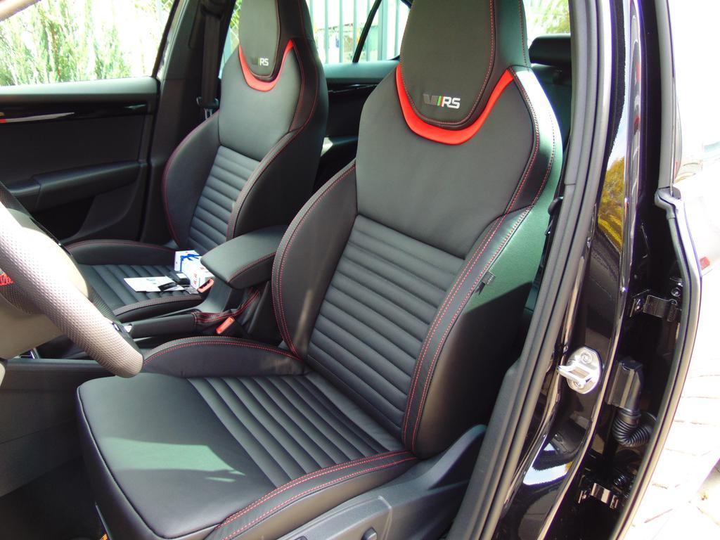 skoda octavia rs limousine 2 0 tsi dsg 245 ps led. Black Bedroom Furniture Sets. Home Design Ideas