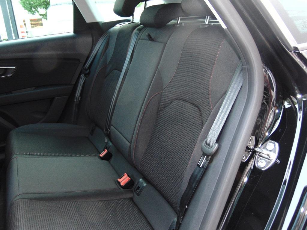 seat leon st fr 1 5 tsi klimaautom bluetooth mfl tempomat. Black Bedroom Furniture Sets. Home Design Ideas