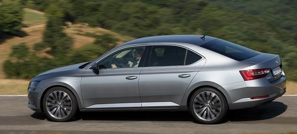 skoda-superb-eu-neuwagen-guenstig-mit-rabatt-bei-top-autowelt
