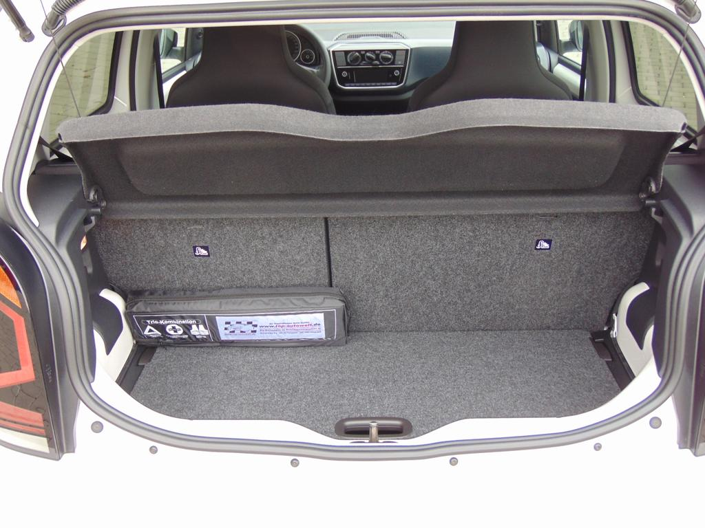 volkswagen up move up 1 0 mpi 75 ps airbags abs esp. Black Bedroom Furniture Sets. Home Design Ideas