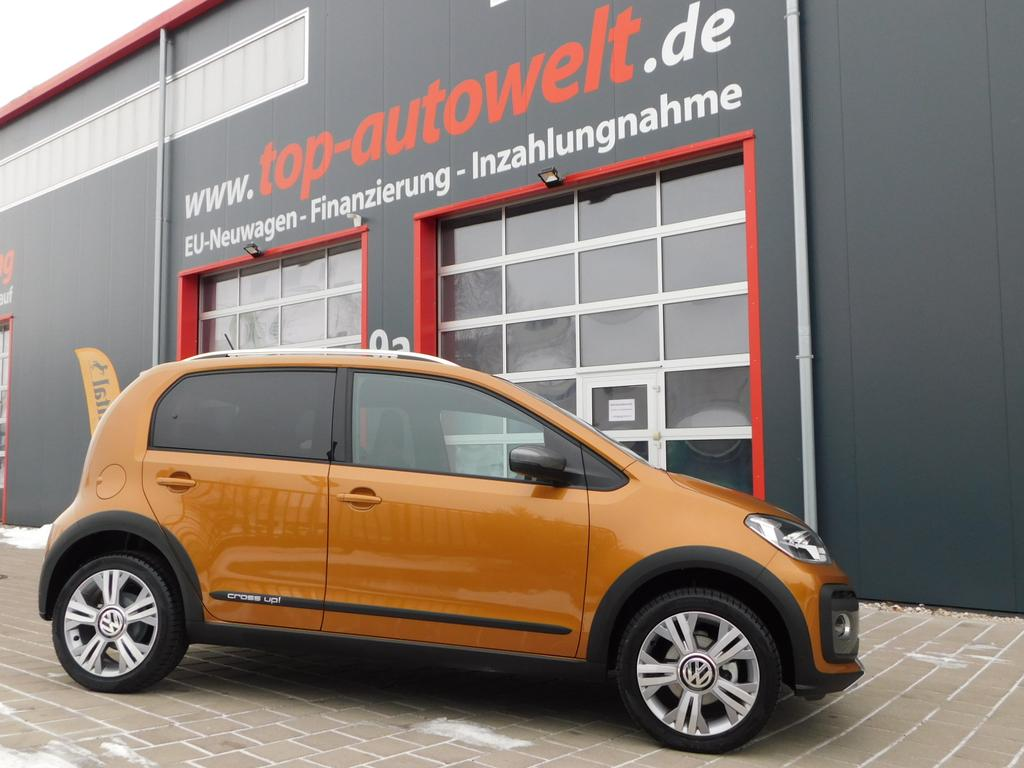 volkswagen up cross 1 0 mpi 75 ps klima radio zv alu reimport eu neuwagen frei konfigurierbar. Black Bedroom Furniture Sets. Home Design Ideas
