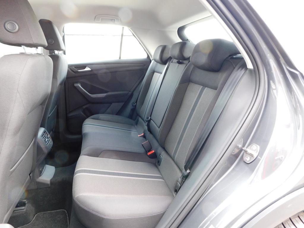 volkswagen t roc style 1 5 tsi 150 ps dsg klima pdc acc mfl lane assist front assist bluetooth. Black Bedroom Furniture Sets. Home Design Ideas