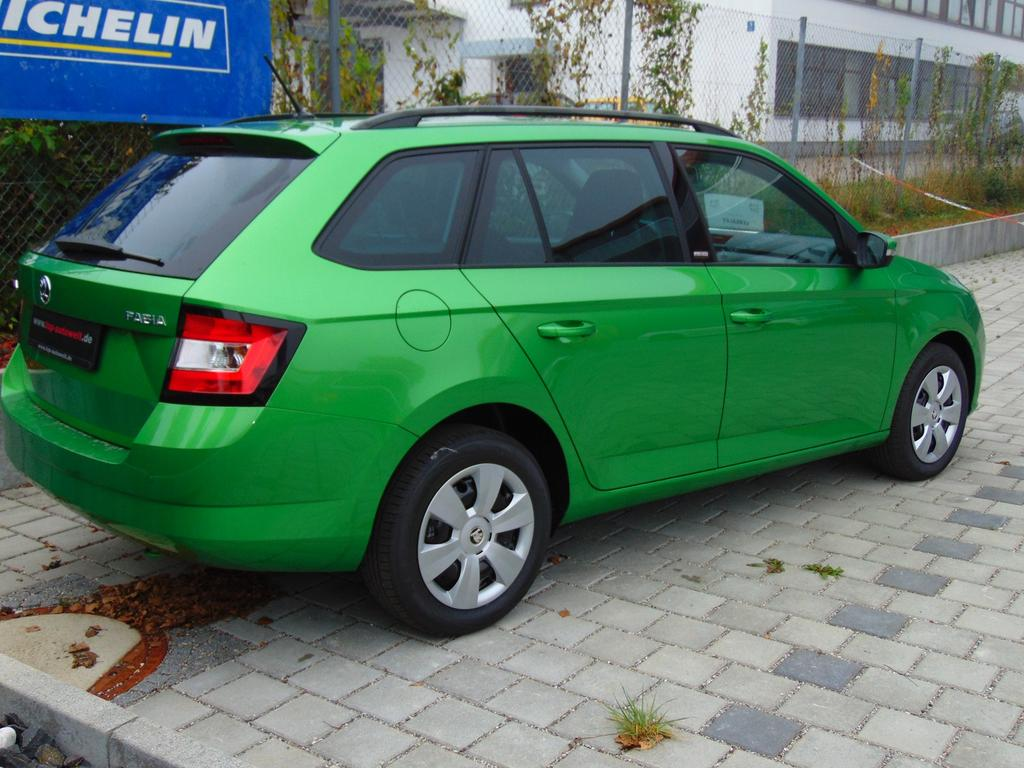 skoda fabia combi active euro6d temp 1 0 tsi 95 ps. Black Bedroom Furniture Sets. Home Design Ideas