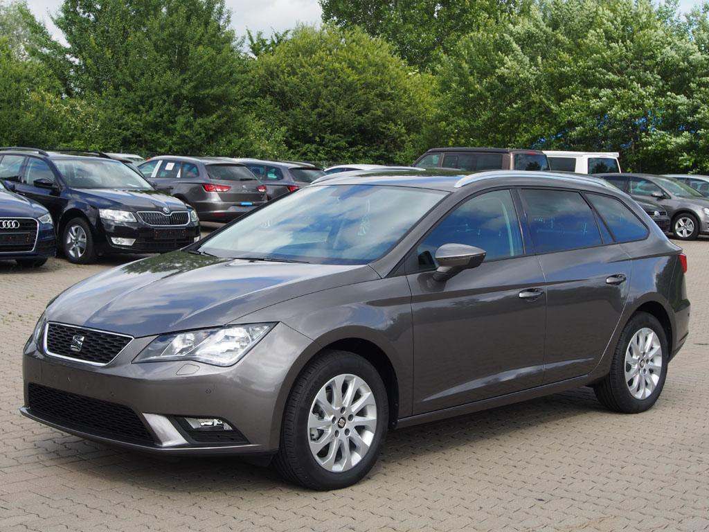 seat leon st style 1 0 tsi dsg automatik klimaautom mfl bluetooth tempomat 16 alu zv abs esp. Black Bedroom Furniture Sets. Home Design Ideas