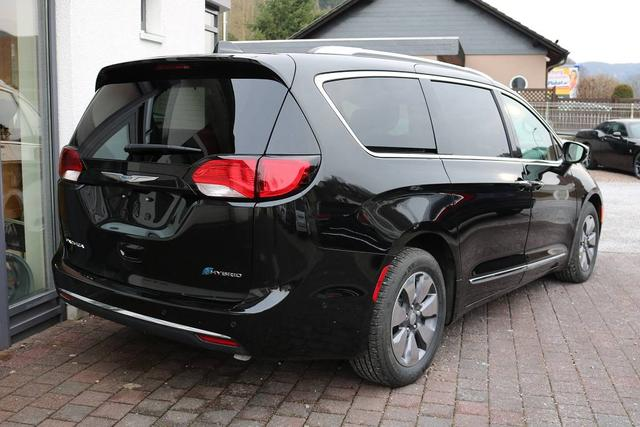 2018 Chrysler Pacifica Hybrid Limited - Wittkopp Automobile