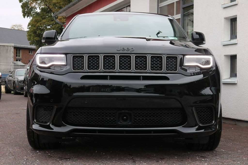jeep grand cherokee trackhawk 710 ps 2019 schwarze. Black Bedroom Furniture Sets. Home Design Ideas