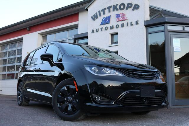 Chrysler Pacifica - Hybrid Limited S Appearance 2019, 67g CO2/km, Panorama, Harman Sound