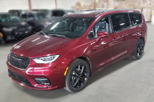 Chrysler Pacifica Touring-L Plus S Appearance 2021, 360 Kamera, Panorama, 20 Zoll Alu, Harman Kardon Sound