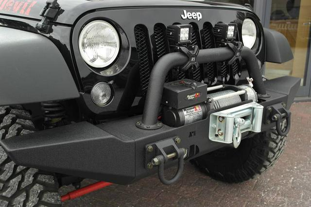 Jeep 1A Spezial-Umbauten Wrangler JK Unlimited BLACK DEVIL