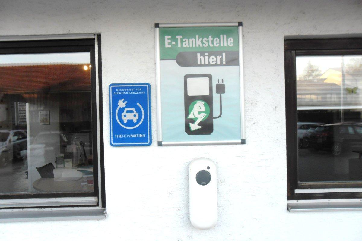 Tankstelle für Elektrofahrzeuge jetzt bei uns!  Die Elektromobilität-Sie kommt-wir sind bereit!
