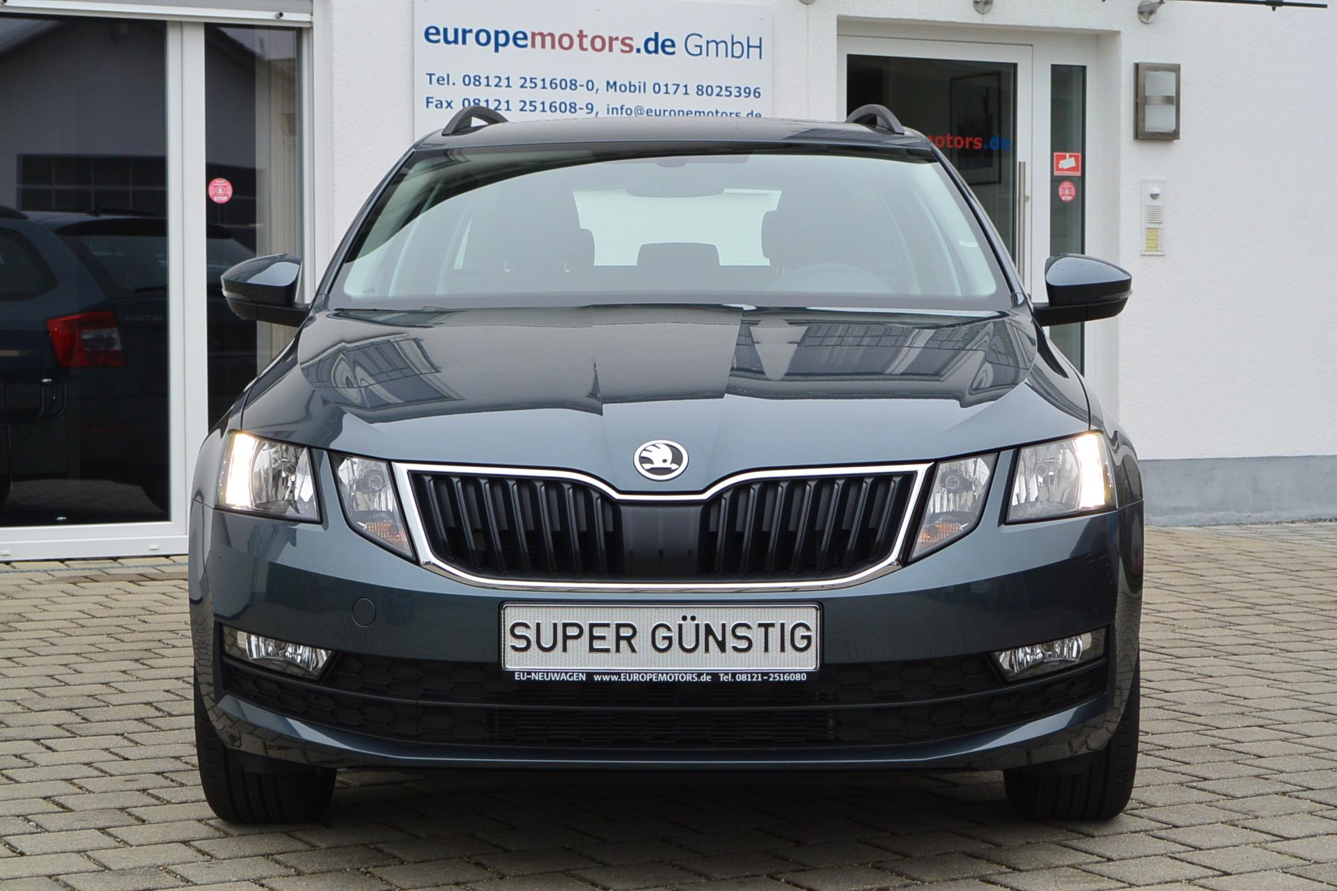 skoda octavia combi exe navi reimport eu neuwagen zum g nstigen preis. Black Bedroom Furniture Sets. Home Design Ideas