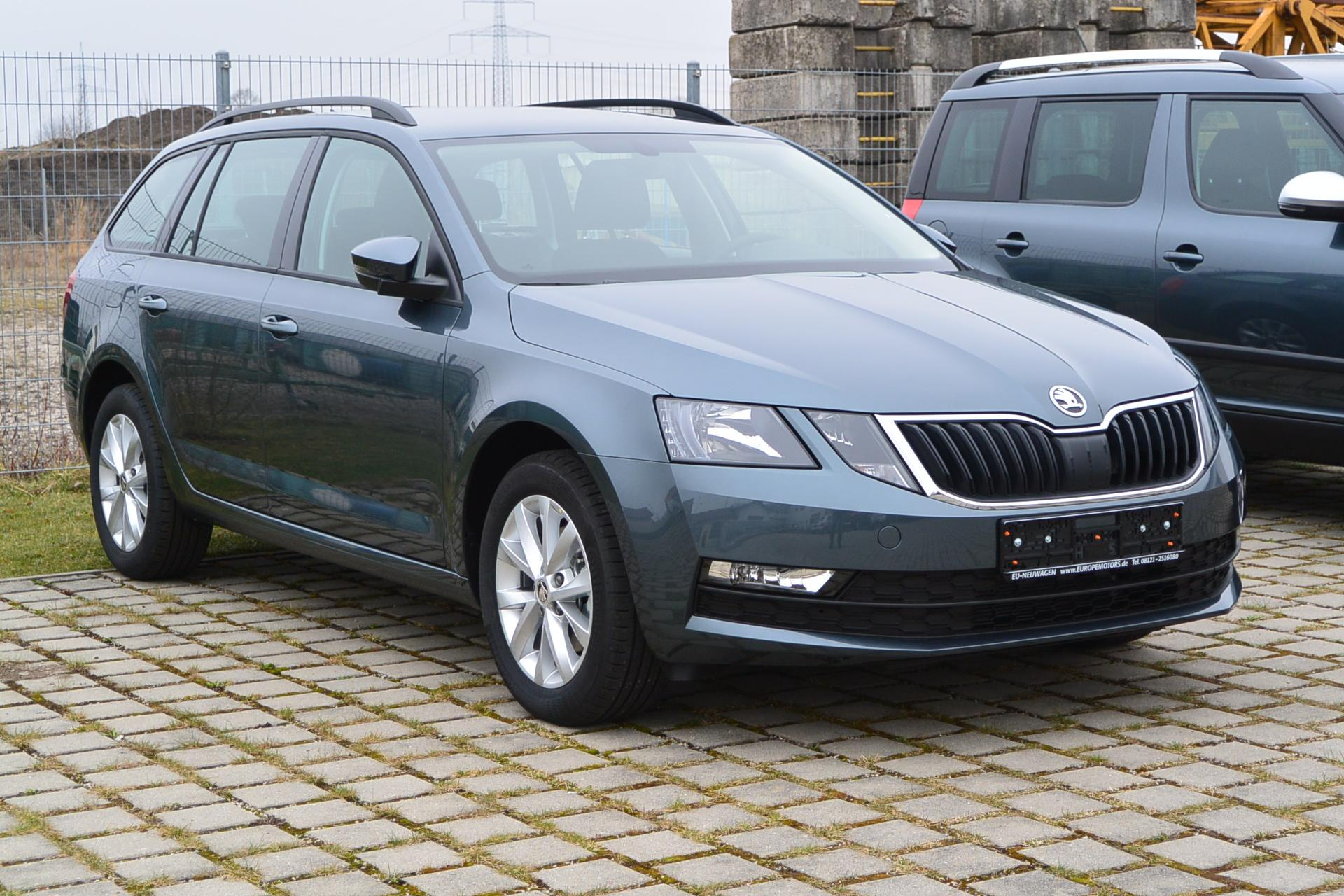 skoda octavia combi exe navi 2 0 tdi scr 110 kw reimport eu neuwagen zum g nstigen preis. Black Bedroom Furniture Sets. Home Design Ideas