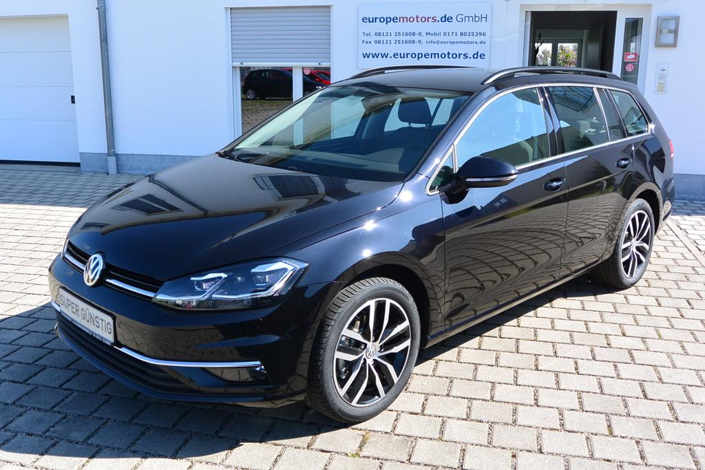 EU Neuwagen Reimport VW Golf Variant Kombi 2T2T Deep Black Perleffekt