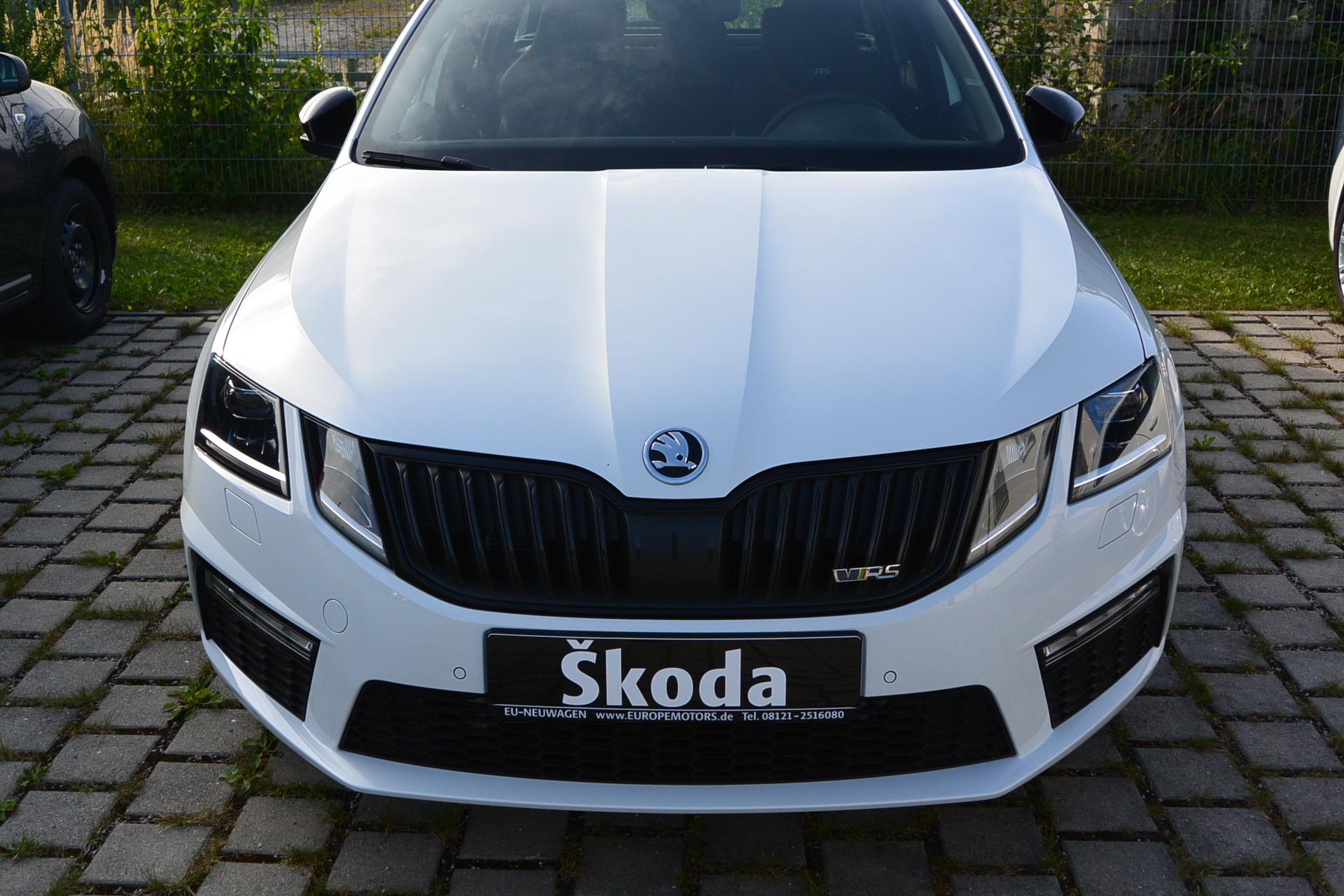 Skoda Octavia RS bi 2 0 TSI 180 kW 245 PS Reimport EU Neuwagen
