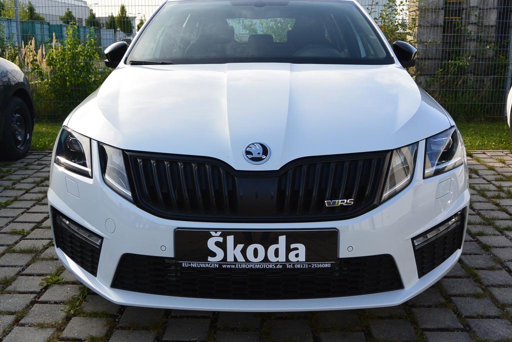 Skoda Octavia RS Reimport EU-Neuwagen