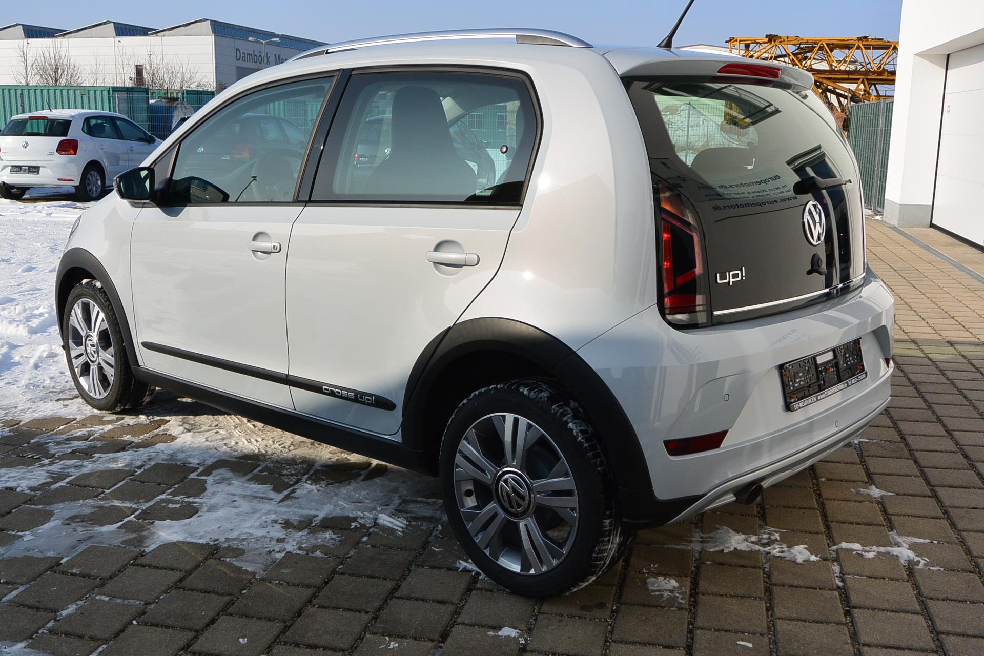 volkswagen up 5 t rer cross up 1 0 bmt 55 kw 75 ps