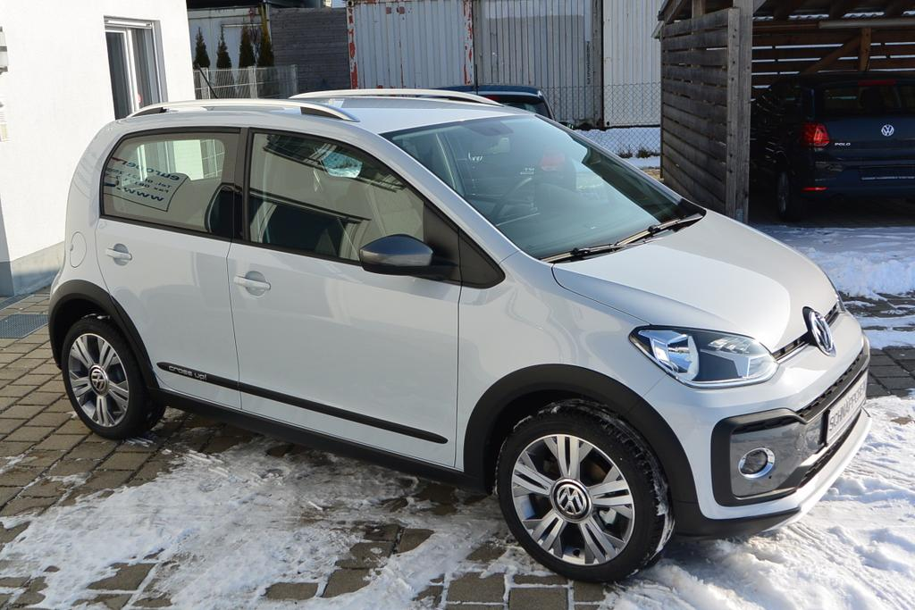 volkswagen   tuerer cross   bmt  kw  ps