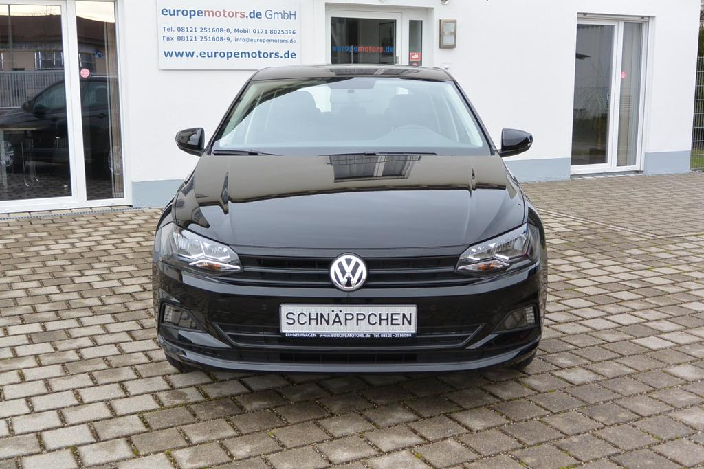 volkswagen polo trendline 1 0 tsi opf 70 kw 95 ps 5 gang. Black Bedroom Furniture Sets. Home Design Ideas