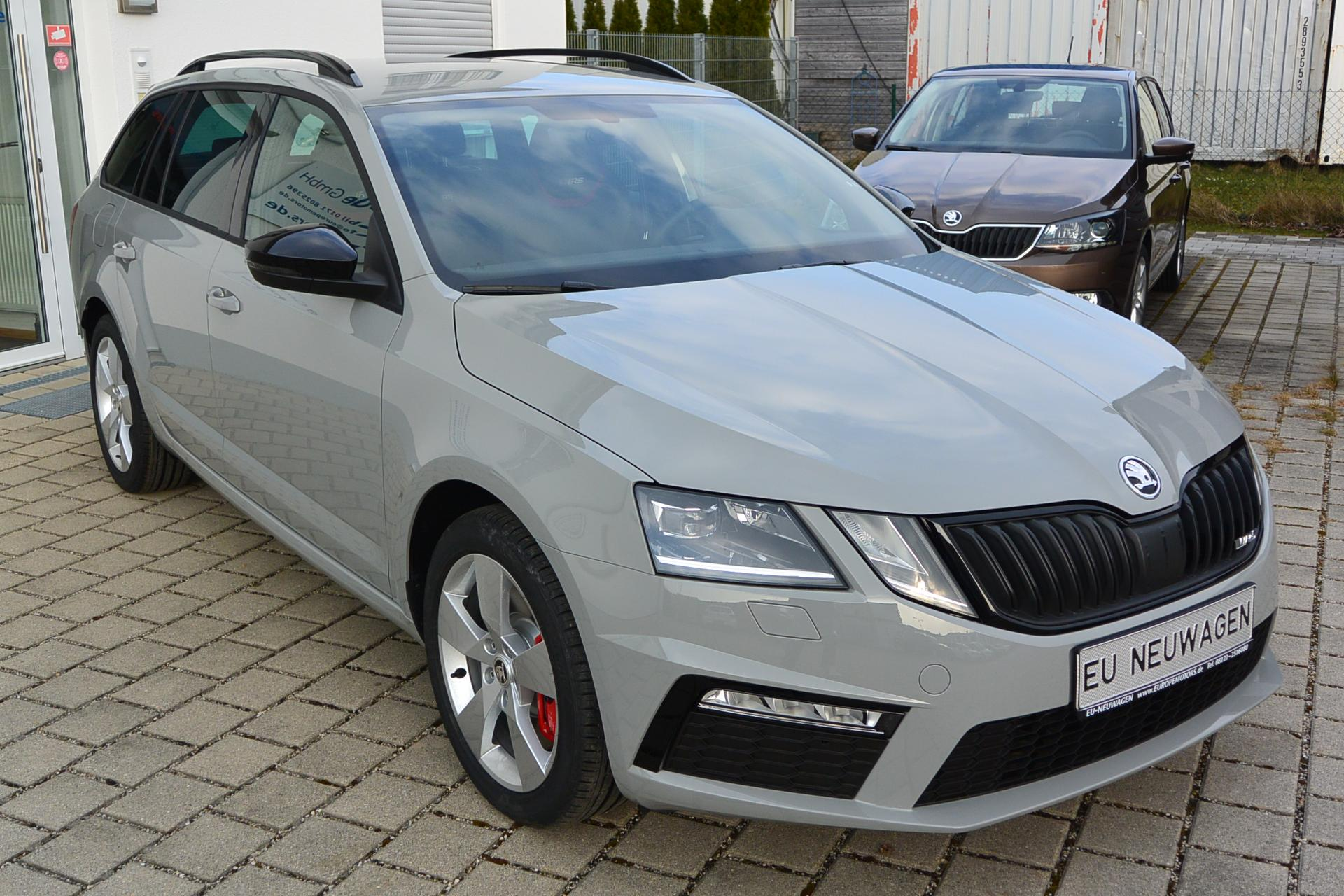 skoda octavia rs combi 2 0 tsi dsg 180 kw 245 ps automatik. Black Bedroom Furniture Sets. Home Design Ideas