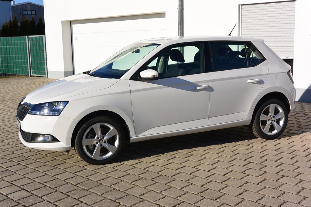 Skoda Fabia Reimport EU-Neuwagen günstig kaufen