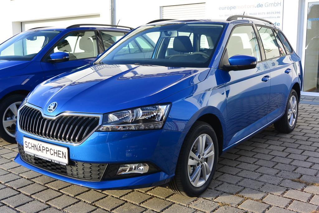 Skoda Fabia Combi Ambition Facelift Reimport EU-Neuwagen - Günstig mit Rabatt kaufen oder konfigurieren und bestellen!