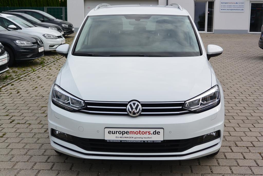 VW Touran Reimport EU-Neuwagen günstig bei europemotors nahe München kaufen!