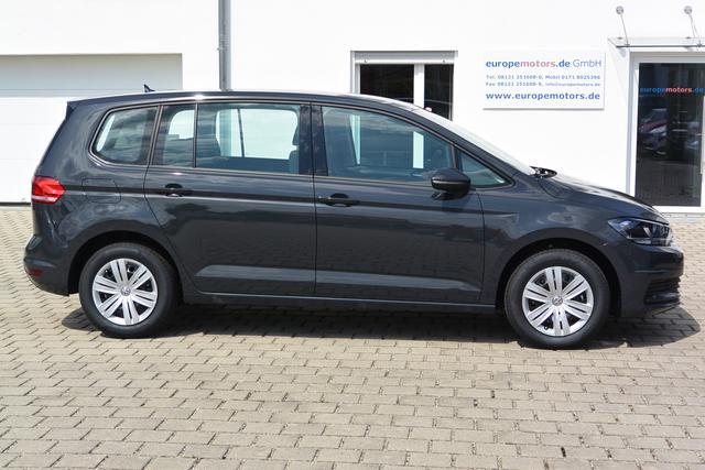 Sofort verfügbares Fahrzeug Volkswagen Touran - Trendline 1.5 TSI ACT OPF 110 kW 150 PS SOFORT VERFÜGBAR Klima Tempomat Lederlenkrad Parksensoren vorne hinten Müdigkeitserkennung Radio Composition Colour günstig