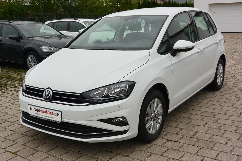 VW Golf Sportsvan EU-Neuwagen günstig kaufen bei europemotors.de GmbH in Neufinsing bei München