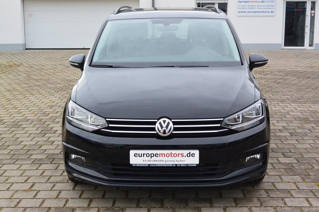 EU-Reimport VW Touran bei europemotors günstig kaufen und Geld sparen!