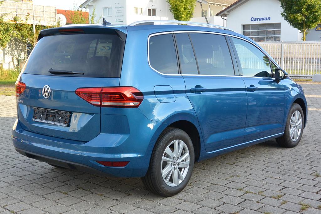 EU-Reimport VW Touran Highline 1.5 TSI ACT OPF DSG 110 kW 150 PS SOFORT VERFÜGBAR NAVI LED ACC PDC Rückfahrkamera Keyless Blau - Caribbean Blue Metallic