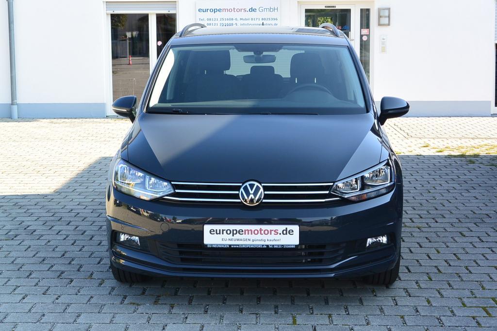 VW Touran Comfortline Reimport EU-Neuwagen Tageszulassung günstig kaufen - europemotors in Neufinsing bei München