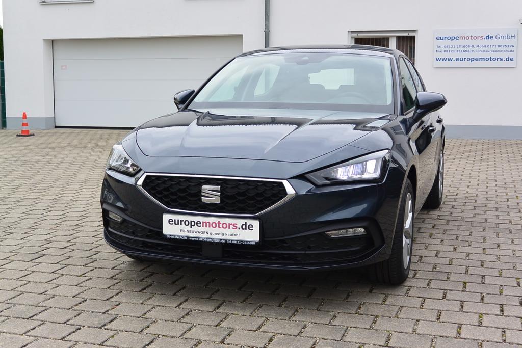 Seat Leon Style Reimport EU-Neuwagen günstig kaufen bei europemotors in Neufinsing bei München